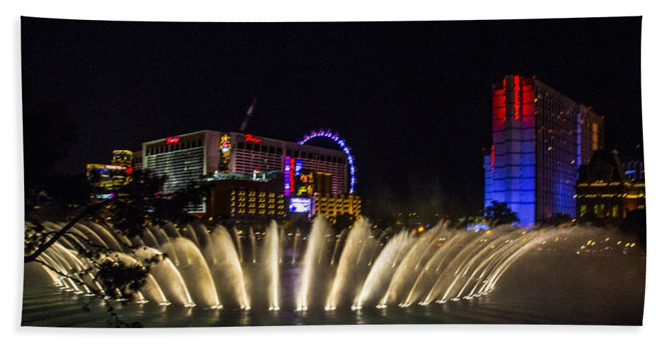 Las Vegas Hand Towel featuring the photograph Dancing Waters 4 by Angus Hooper Iii