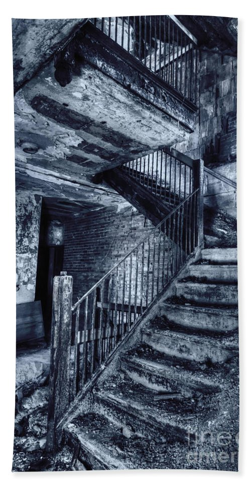 Stairs Bath Sheet featuring the photograph Dark Staircase by Margie Hurwich