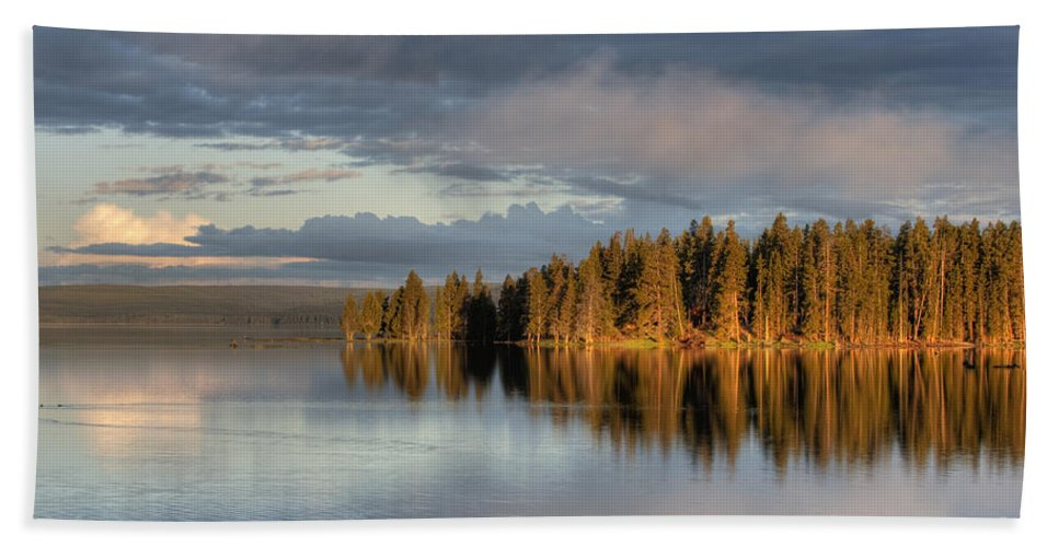 Hdr Hand Towel featuring the photograph Dawn Reflections On Pelican Bay by Sandra Bronstein