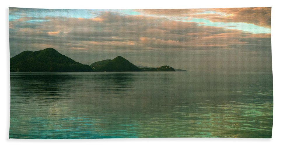 Saint Lucia Bath Sheet featuring the photograph Daybreak Over Rodney Bay by Ferry Zievinger