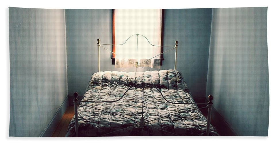 Bedroom Bath Sheet featuring the photograph Days And Nights Meet by The Artist Project
