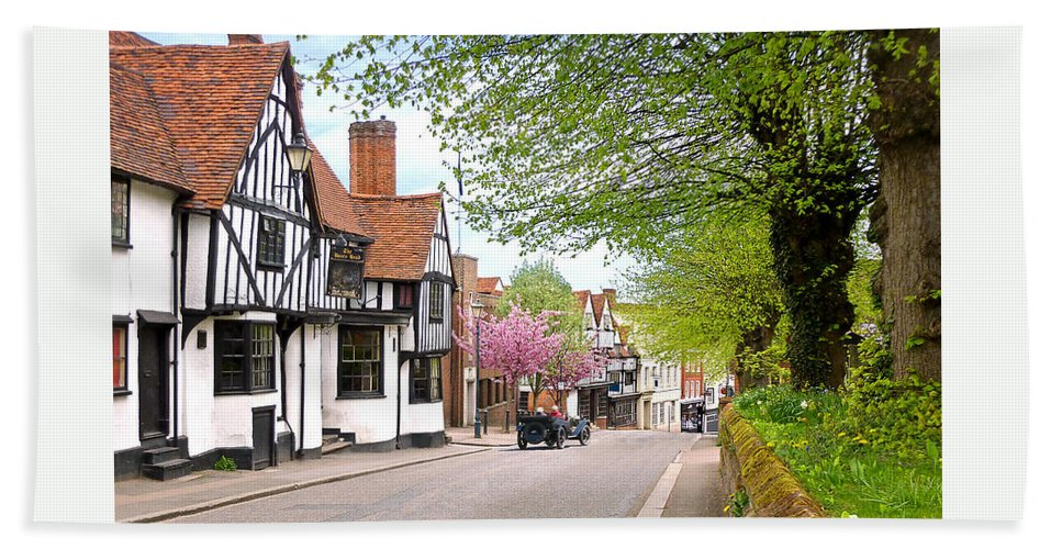 British Suburban Scene Hand Towel featuring the photograph Days Gone By In Bishop's Stortford High Street by Gill Billington