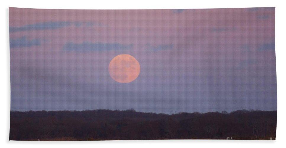 Moon Hand Towel featuring the photograph December Moon by Joe Geraci