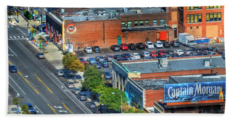 Delaware Ave Bath Sheet featuring the photograph Delaware Ave by Michael Frank Jr