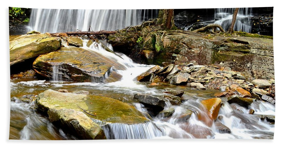 Ricketts Hand Towel featuring the photograph Delaware Falls by Frozen in Time Fine Art Photography