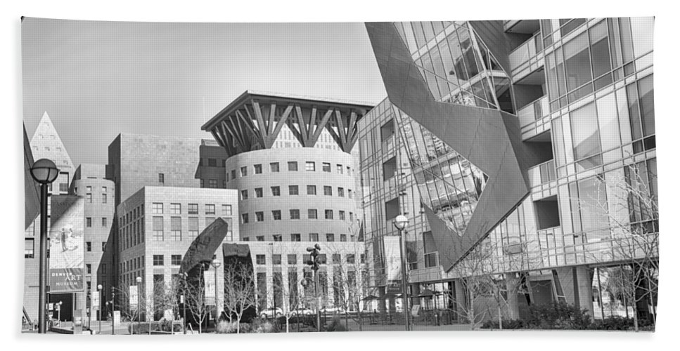 Downtown Hand Towel featuring the mixed media Denver Art Museum Courtyard Bw by Angelina Vick