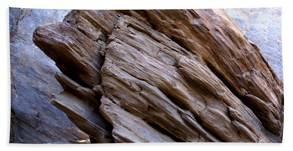 Desert Boulder Hand Towel featuring the digital art Desert Boulder by Barbara Snyder