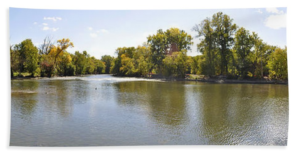 Panorama Hand Towel featuring the photograph Desplaines River by Verana Stark