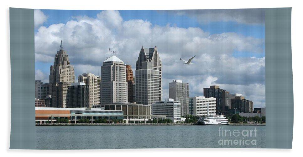 Detroit Hand Towel featuring the photograph Detroit Riverfront by Ann Horn