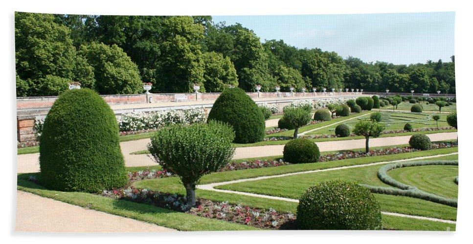 Garden Bath Sheet featuring the photograph Diane De Poitiers' Gardens by Christiane Schulze Art And Photography