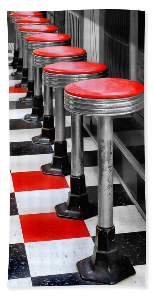 Diners Hand Towel featuring the photograph Diner #2 by Nikolyn McDonald