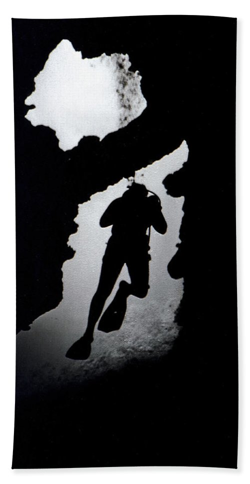 Diver Silhouette Bath Sheet featuring the photograph Diver Silhouette by Bill Owen