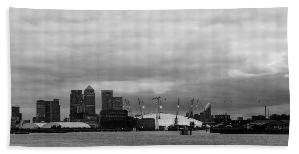 Docklands Hand Towel featuring the photograph Docklands Skyline by Dawn OConnor