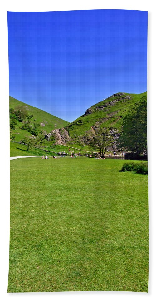 Children Bath Sheet featuring the photograph Dovedale - Stepping Stones Area by Rod Johnson