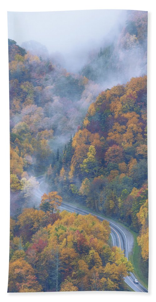 Nature Bath Towel featuring the photograph Down Below by Chad Dutson