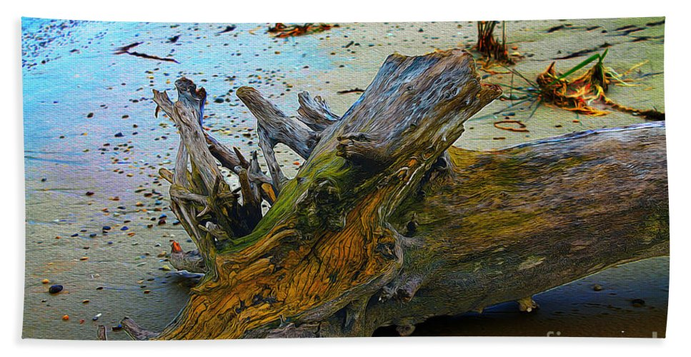 Wood Bath Sheet featuring the photograph Down On The Beach by Nina Silver