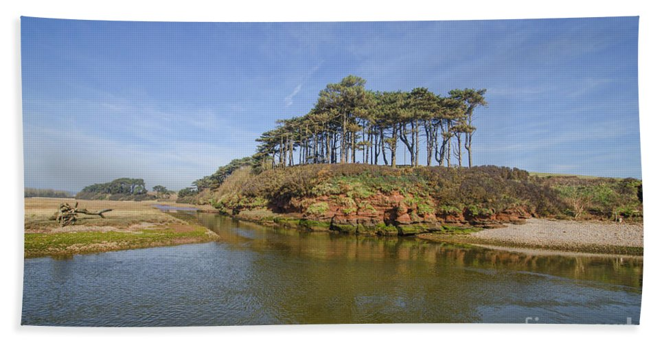 Budleigh Hand Towel featuring the photograph Dragons Back Budleigh Salterton by Chris Thaxter