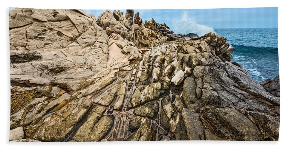 Dragons Teeth Hand Towel featuring the photograph Dragon's Teeth by Jamie Pham