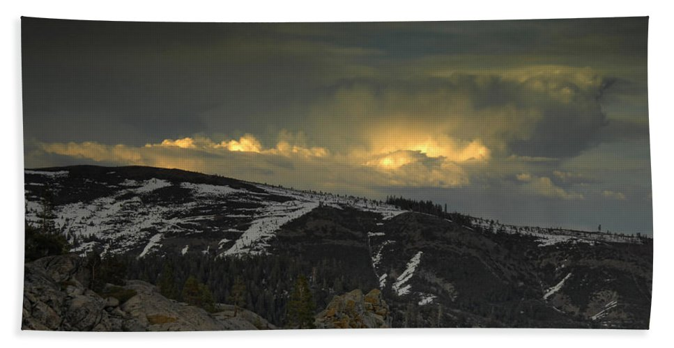 Mountains Bath Sheet featuring the photograph Drama Is Coming by Donna Blackhall