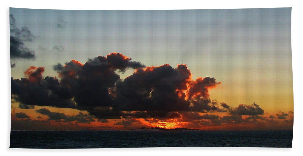Sunrise Bath Sheet featuring the photograph Dramatic Sea Sky At Dawn by Susan Savad
