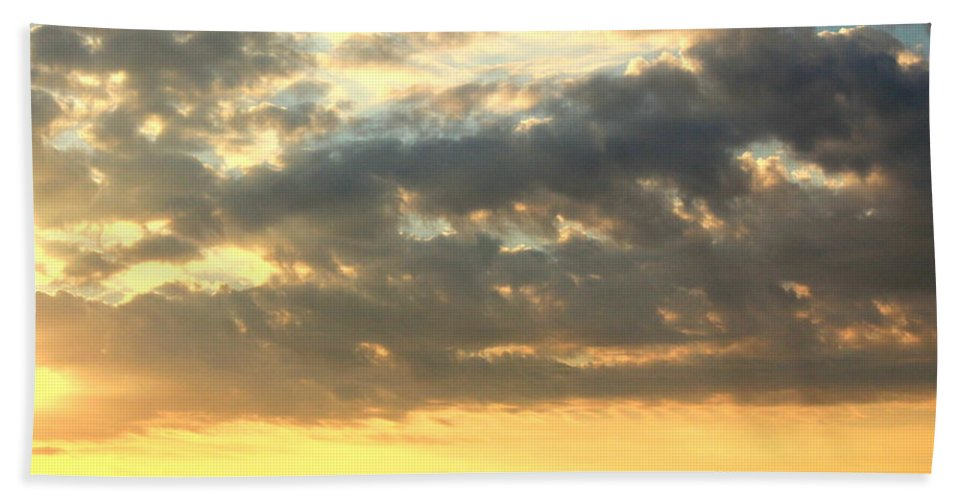 Clouds Hand Towel featuring the photograph Dramatic Sunglow by Deborah Crew-Johnson