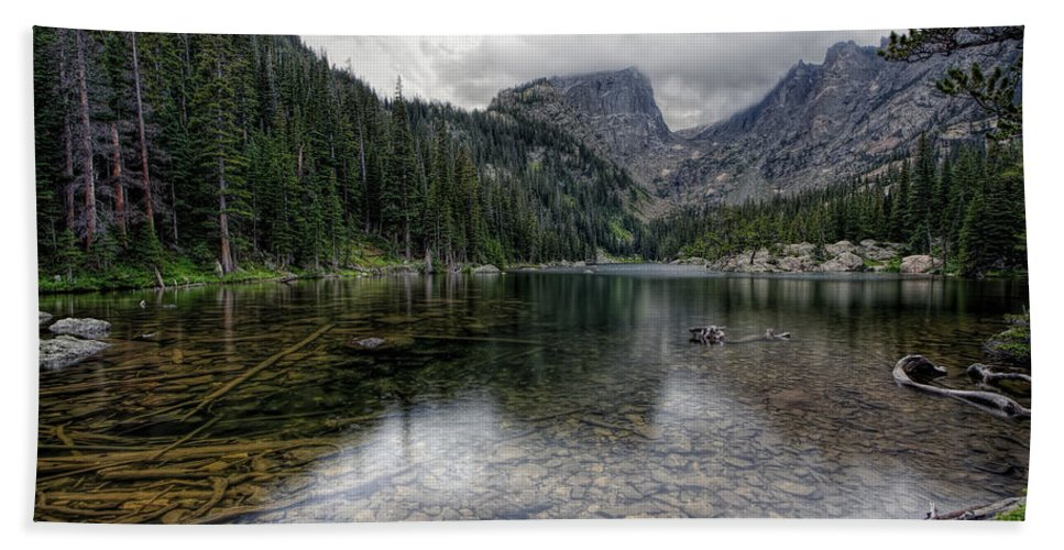 Rocky Mountain National Park Bath Sheet featuring the photograph Dream Lake Rmnp by Scott Wood