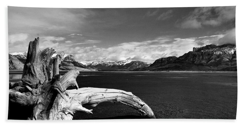 Landscapes Hand Towel featuring the photograph Drift For A While by The Artist Project