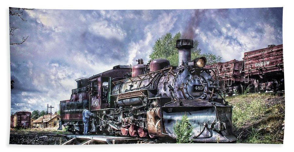 Cumbres & Toltec Bath Sheet featuring the photograph Dropping The Ash by Ken Smith
