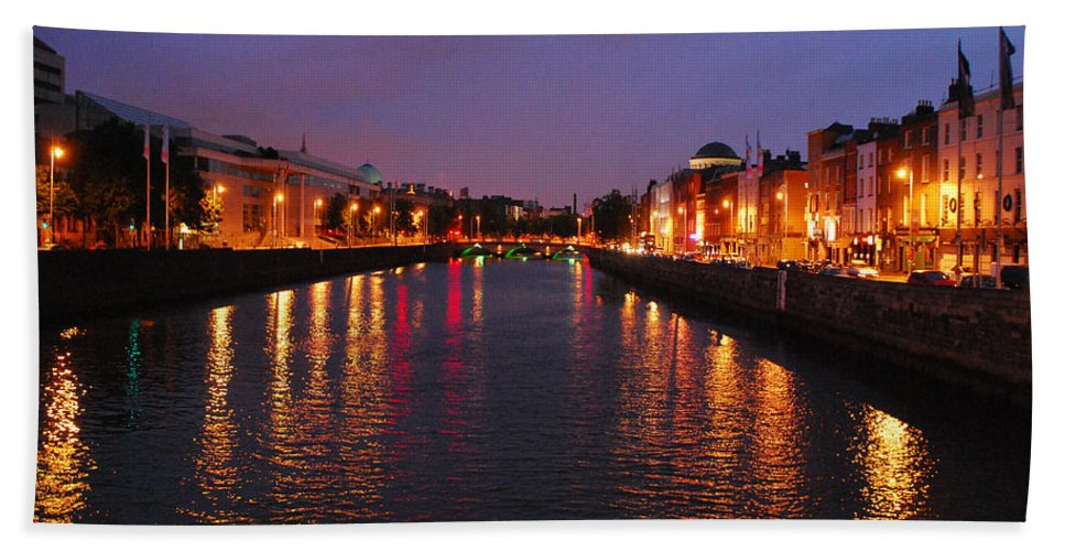 Dublin Hand Towel featuring the photograph Dublin Nights by Mary Carol Story