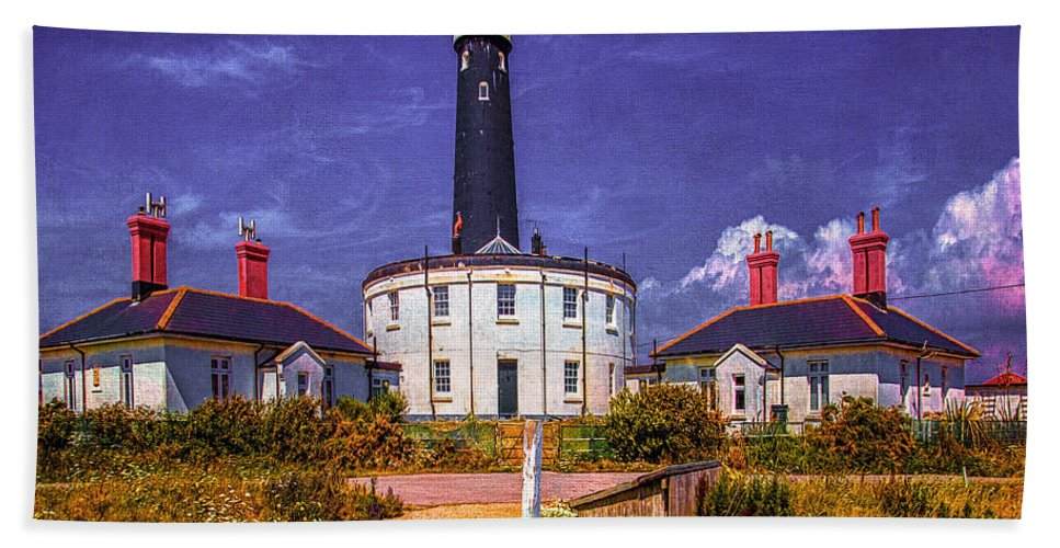 Lighthouse Bath Sheet featuring the photograph Dungeness Old Lighthouse by Chris Lord