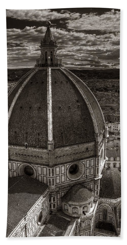 Duomo Bath Sheet featuring the photograph Duomo Dalla Campanile by Michael Kirk