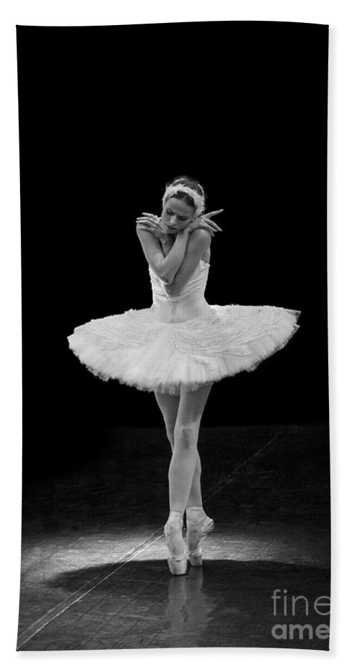 Clare Bambers Hand Towel featuring the photograph Dying Swan 5. by Clare Bambers
