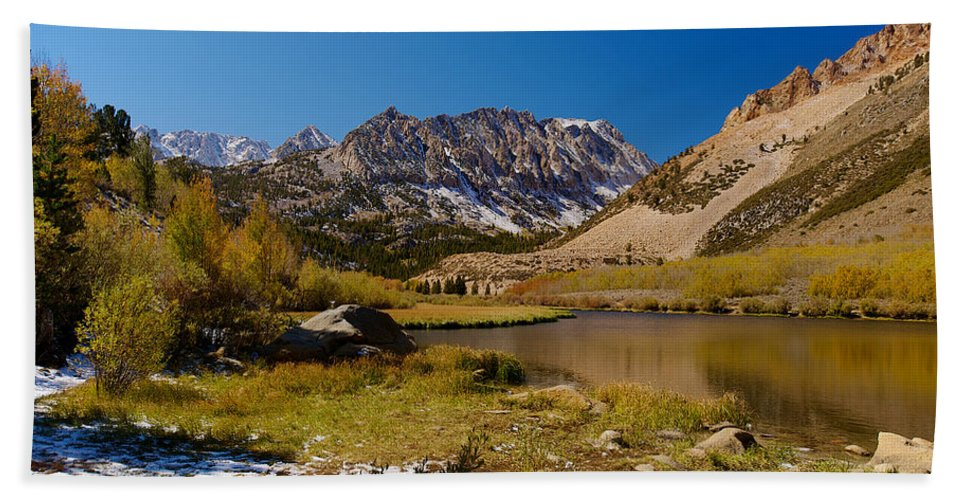 Eastern Sierras Hand Towel featuring the photograph Eastern Sierras 20 by Richard J Cassato