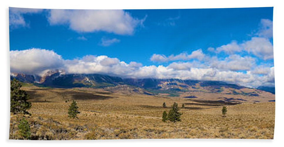Eastern Sierras Hand Towel featuring the photograph Eastern Sierras 25 Pano by Richard J Cassato
