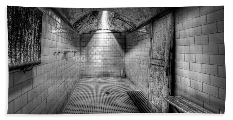 Pa Hand Towel featuring the photograph Eastern State Penitentiary Shower by Michael Ver Sprill