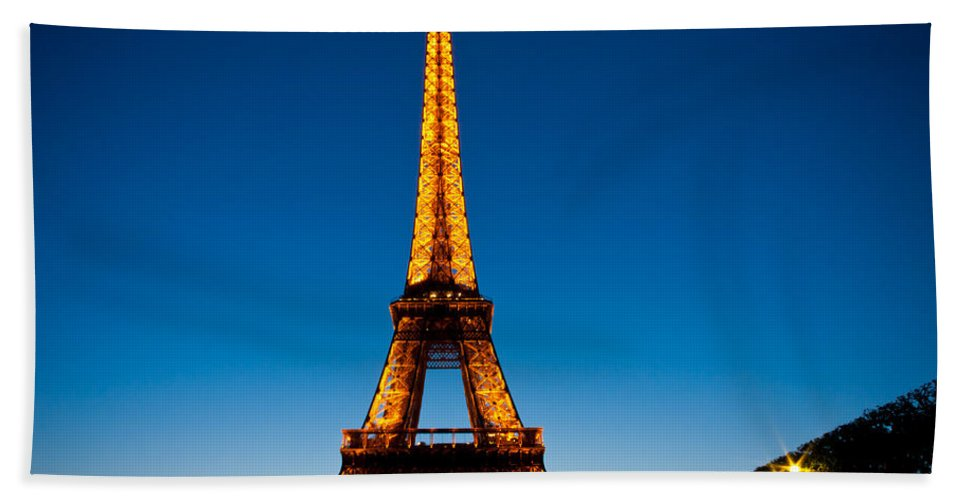 Eiffel Tower Hand Towel featuring the photograph Eiffel Tower At Dusk by Anthony Doudt
