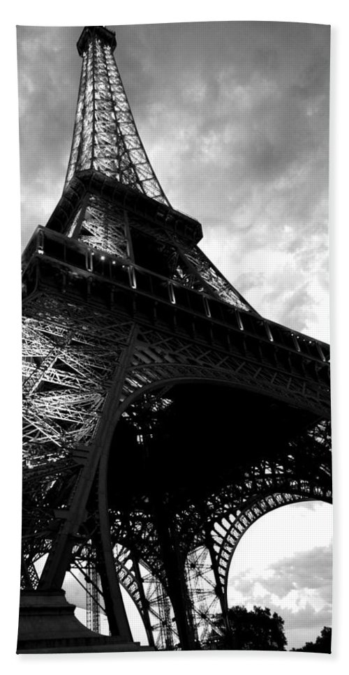 Eiffel Tower Bath Sheet featuring the photograph Eiffel Tower In Black And White. Ominous Sky Overhead by Toby McGuire