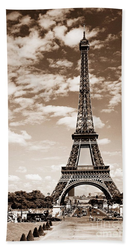 Eiffel Hand Towel featuring the photograph Eiffel Tower In Sepia by Elena Elisseeva