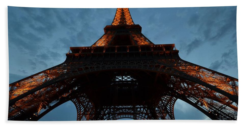 Eiffel Tower Hand Towel featuring the photograph Eiffel Tower by Toby McGuire