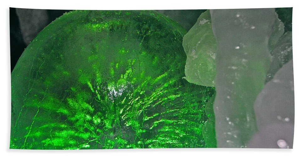 Ice Bath Sheet featuring the photograph Electric Green by Susan Herber