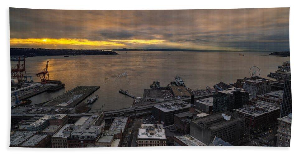 Elliott Bay Bath Sheet featuring the photograph Elliott Bay Seattle Evening by Mike Reid