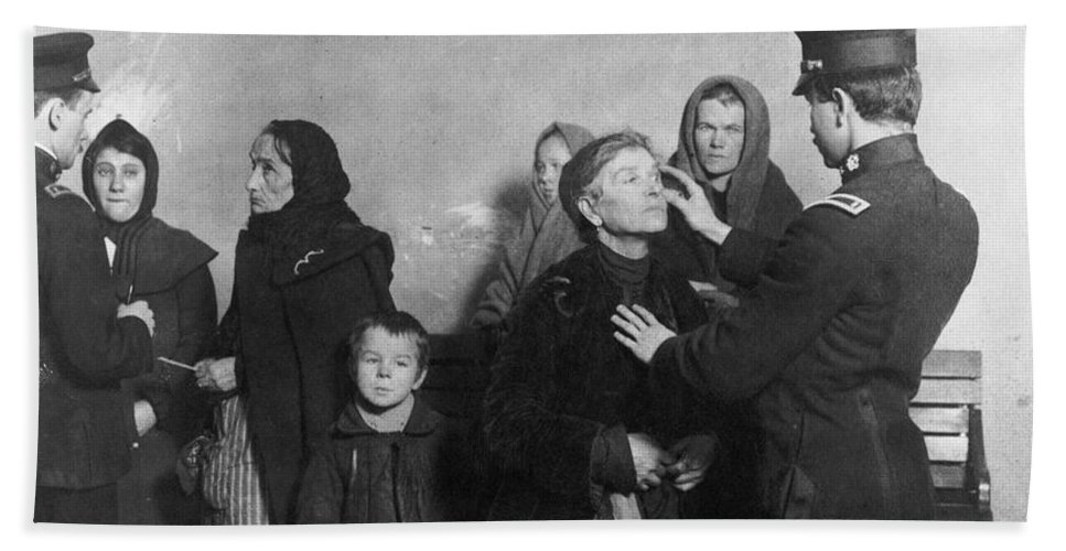 1911 Bath Sheet featuring the photograph Ellis Island: Inspection by Granger