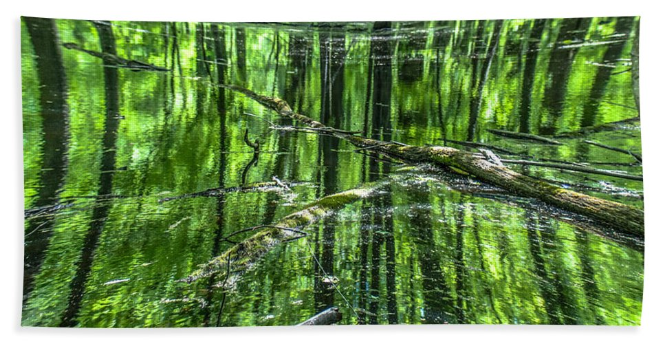 Opticalplaygroundbympray Hand Towel featuring the photograph Emerald Reflections by Optical Playground By MP Ray