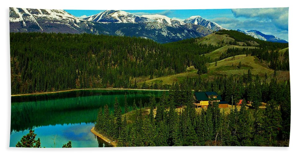 Emerald Hand Towel featuring the photograph Emerald Lake - Yukon by Juergen Weiss