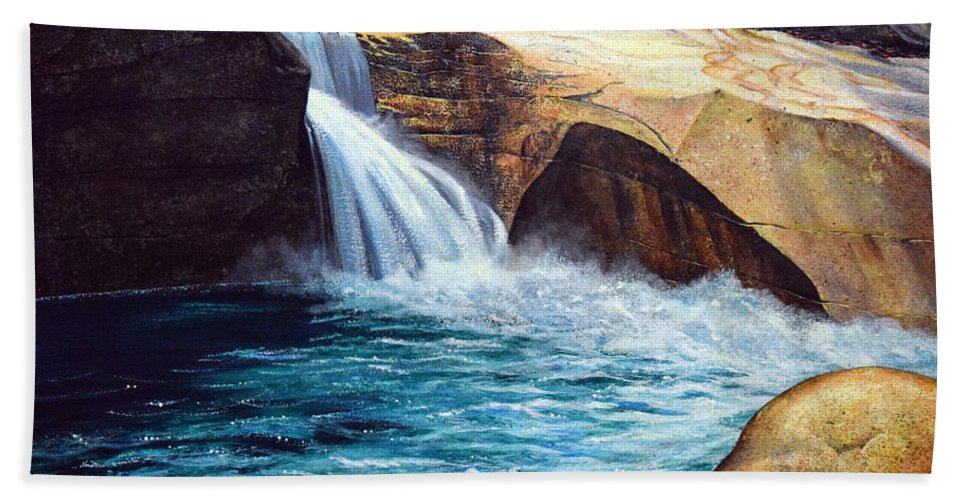 Emerald Pool Bath Towel featuring the painting Emerald Pool by Frank Wilson