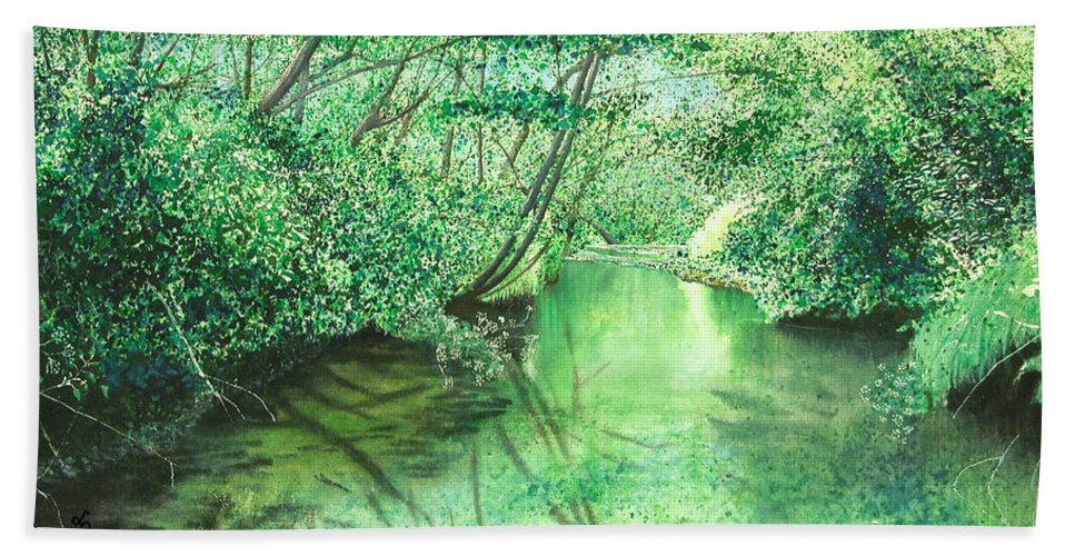 Landscape Bath Towel featuring the painting Emerald Stream by Lynn Quinn