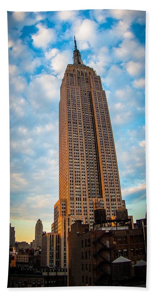 Empire State Building Hand Towel featuring the photograph Empire State Building by Richard Cheski