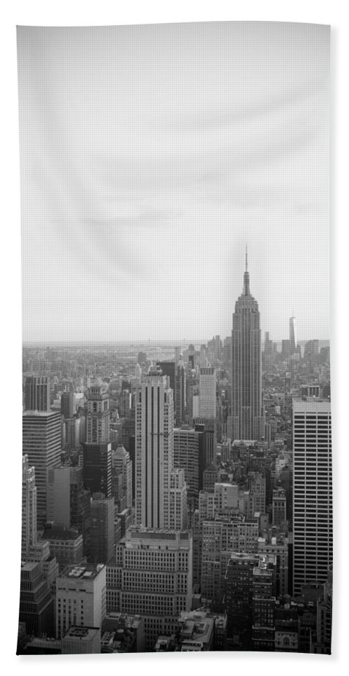 New York Bath Sheet featuring the photograph Empire State Nyc by Ferry Zievinger
