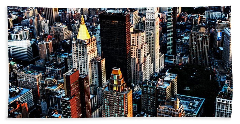New York City Hand Towel featuring the photograph Empire View by Digital Kulprits