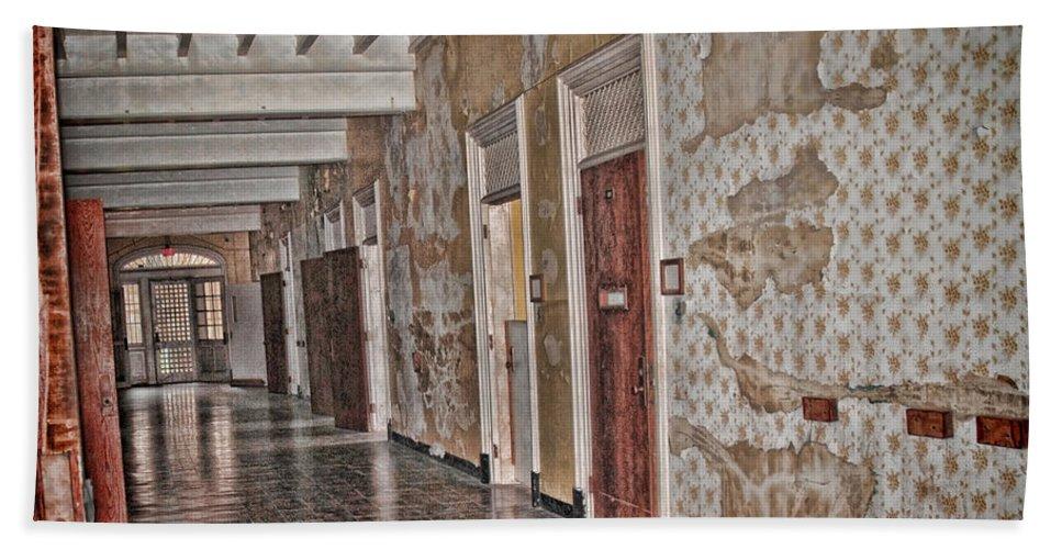 Hallway Hand Towel featuring the digital art Empty by Anita Hubbard